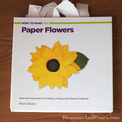 Origami Poinsettia Gift Topper - blossomsandposies.com