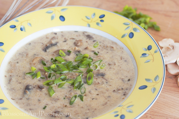 Cream of Mushroom Soup - this is a Trim Healthy Mama S recipe #trimhealthymama #glutenfree